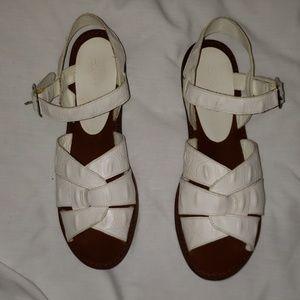 Esprit Sandles Size 8B